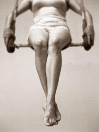 02.trapezelegs